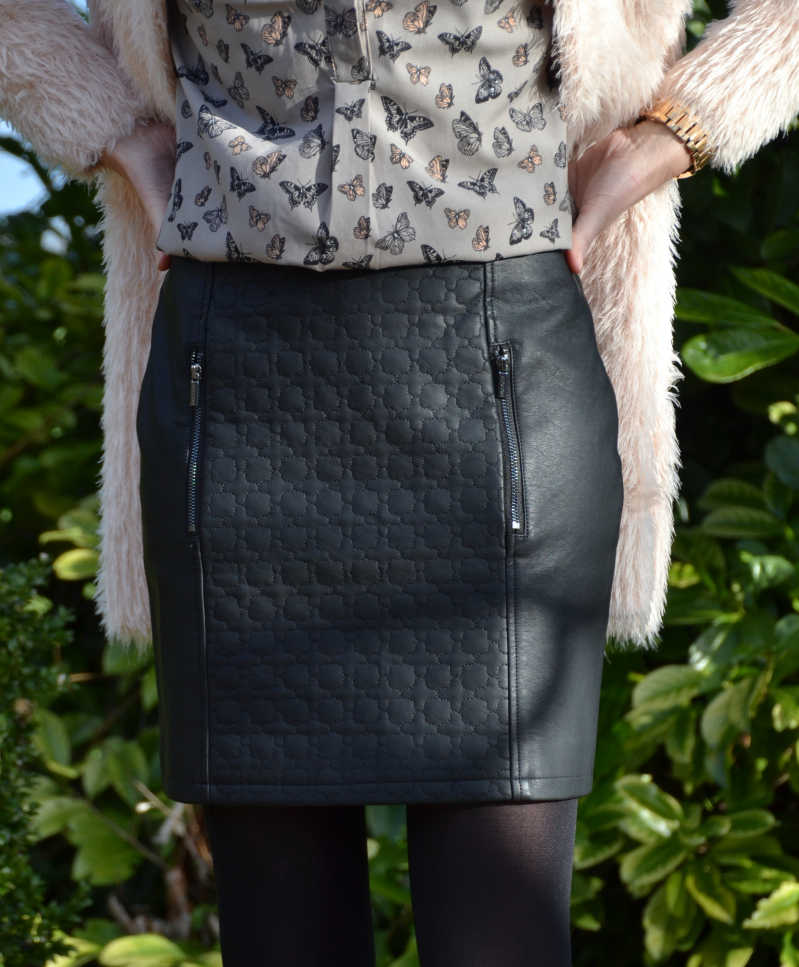 Outfit - Leather, Butterfly's & Fluffy