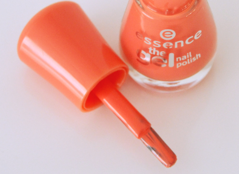 Essence gel nagellak mandarine bay 2